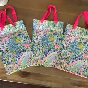 11x8x6 three Lilly Pulitzer shopping bags